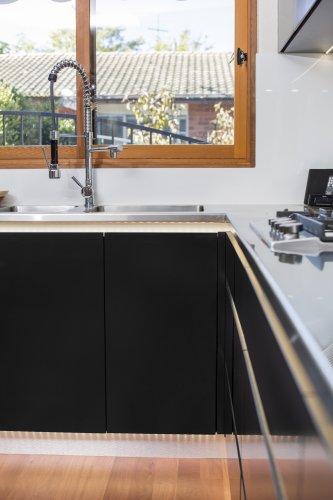 Sink tap bowl