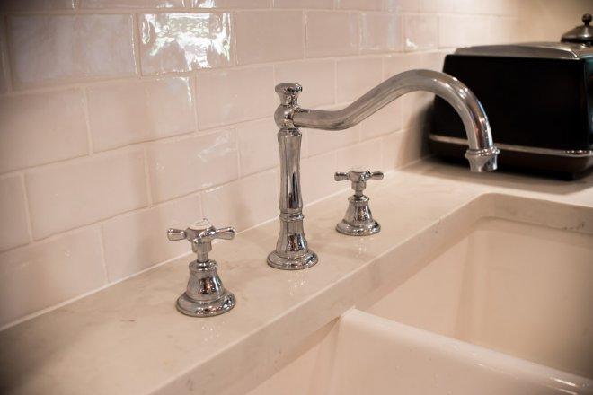 Sink Sinks Tap Taps