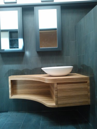 Curved Vanity with shaving cabinets